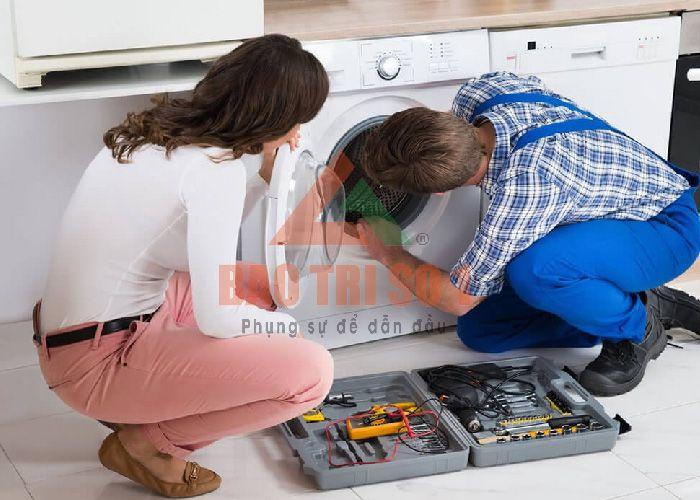 Máy giặt Indesit không hoạt động khiến bạn đau đầu?