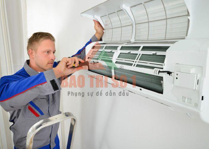 Sửa điều hòa Electrolux tại nhà khách hàng