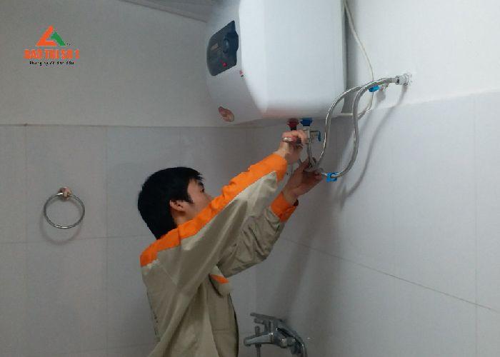 KTV Bảo trì số 1 hỗ trợ bảo dưỡng, vệ sinh bình nóng lạnh Ariston ngay tại nhà